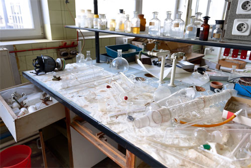 Laboratory Accidents Prevention - Your Top Priority