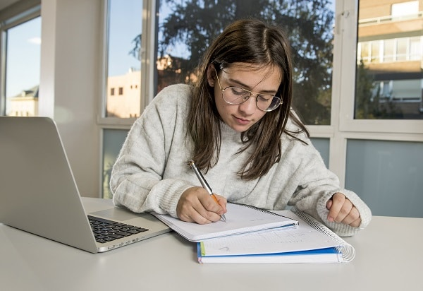 Useful Guideline on Preparing Your Project Dissertation Report